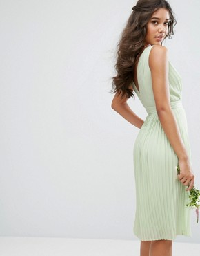 photo Pleated Midi Dress with Embellished Shoulder by TFNC WEDDING, color Green - Image 2