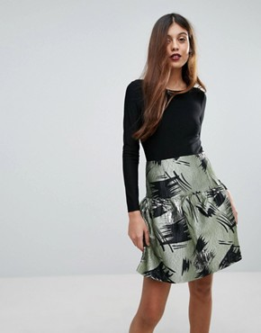 photo Skater Dress with Contrast Printed Skirt by Traffic People, color Green - Image 1