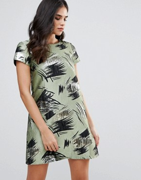 photo Short Sleeve Shift Dress in Swirl Print by Traffic People, color Green - Image 1