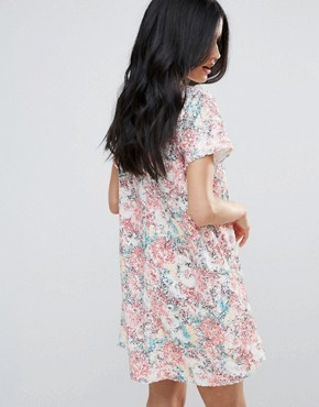 photo Short Sleeve Floral Shift Dress with Collared Detail by Endless Rose, color Pink Multi - Image 2