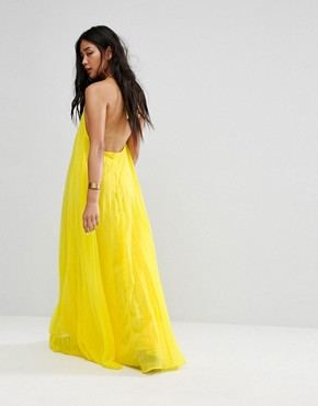 photo Pleated Maxi Dress by Missguided, color Yellow - Image 2
