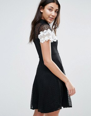 photo Monochrome Lace Skater Dress by Jessica Wright, color Black - Image 2