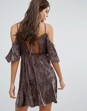 photo Velvet Cold Shoulder Dress by Love, color Mink - Image 2