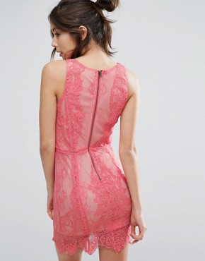 photo Lace Dress with Plunge Neck by Love Triangle, color Peach - Image 2