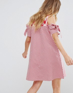 photo Tie Sleeve Cold Shoulder Swing Dress in Gingham Mix and Match by Influence, color Red/White - Image 2