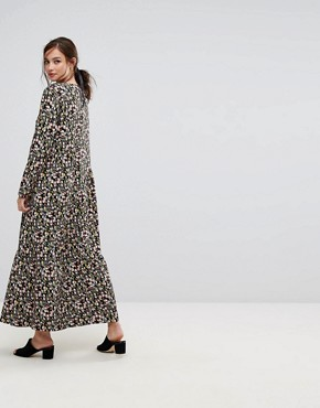 photo Maxi Dress in Tulip Foral by People Tree x V&A, color Multi - Image 2