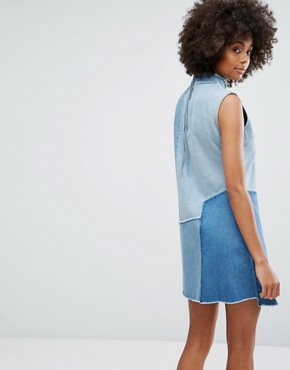 photo Denim High Neck Dress with Contrast Panels and Fraying by Waven, color Old Used Blue Mix - Image 2