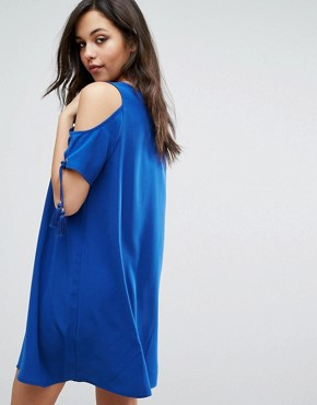 photo Dado Cold Shoulder Dress by Supertrash, color Nomad Blue - Image 2