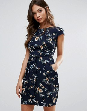 photo Printed Tulip Dress by QED London, color Navy - Image 1