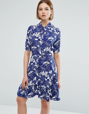 photo 3/4 Sleeve Leaf Print High Neck Skater Dress by Closet London, color Multi - Image 1