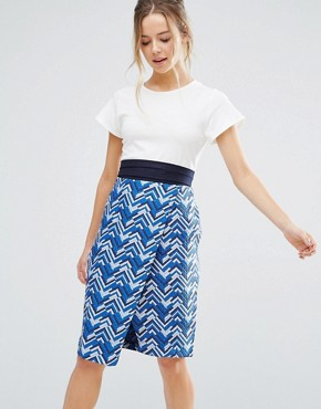 photo Belted Printed Pencil Dress by Closet London, color Blue - Image 1