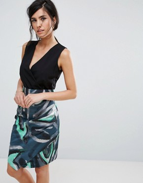 photo Dress with Graphic Print Skirt by Closet London, color Blue - Image 1