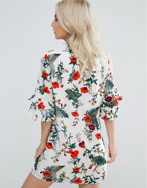 photo Floral Printed Fluted Sleeve Dress by Fashion Union Petite, color Multi - Image 2
