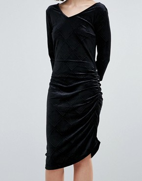 photo Velvet Asymmetric Dress by Ichi, color Black - Image 3