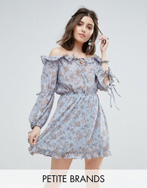 photo Off Shoulder Frilly Hem Dress in Vintage Floral Print by Glamorous Petite, color Blue - Image 1