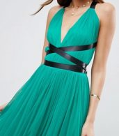 photo Tulle Midi Prom Dress with Ribbon Ties by ASOS PREMIUM, color Emerald Green - Image 3