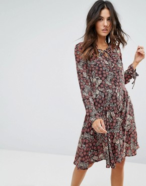 photo Tie Neck Floral Dress by Brave Soul, color Black/Red - Image 1