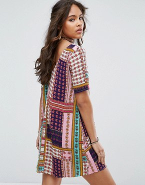 photo Button Through Tea Dress in Patchwork Print by Glamorous Tall, color Multi - Image 2