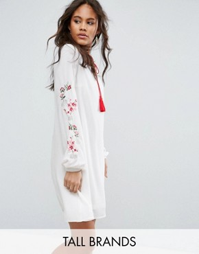 photo Swing Dress with Embroidered Sleeve Detail by Glamorous Tall, color Cream - Image 1