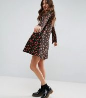 photo Button Through Swing Dress with Trumpet Sleeve in Floral Print by ASOS, color Floral Print - Image 4