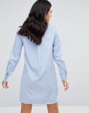 photo Shirt Dress with Embroidered Star Detail by Liquorish, color Light Blue - Image 2