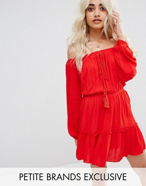 photo Ruffle Hem Tassel Dress by Missguided Petite, color Red - Image 1
