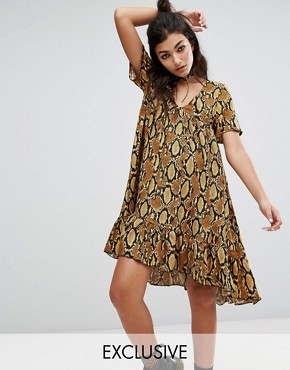 photo Vintage Midi Dress with Choker Detail in Snake by Milk It, color Brown - Image 1