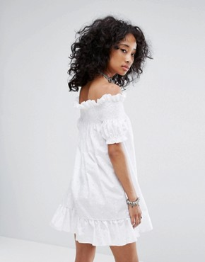 photo Vintage Off The Shoulder Mini Dress in Broderie by Milk It, color White - Image 2