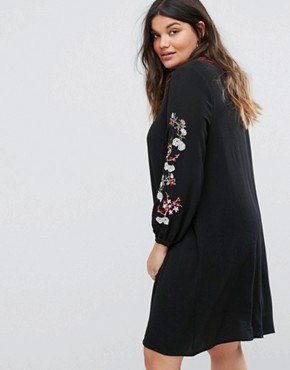 photo Smock Dress with Embroidered Sleeves by Alice & You, color Black - Image 2