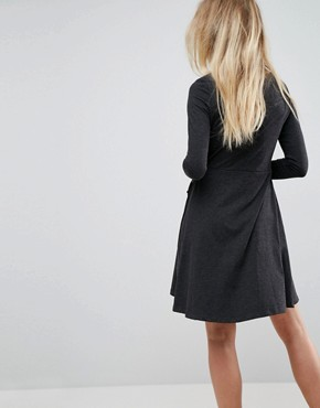 photo Wrap Jersey Dress by Brave Soul, color Charcoal - Image 2