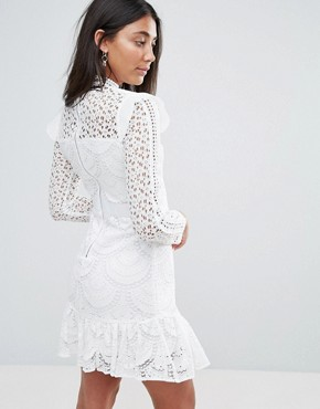 photo Sleeveless Lace Dress with Frill Detail by Amy Lynn Occasion, color White - Image 2