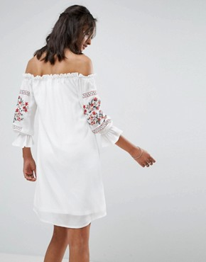 photo Off Shoulder Embroidered Dress by Parisian Tall, color White - Image 2