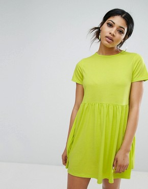 photo T-Shirt Smock Dress by Daisy Street, color Lime - Image 1