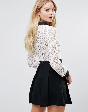 photo Peter Pan Collar Lace Dress by The English Factory, color White/Black - Image 2