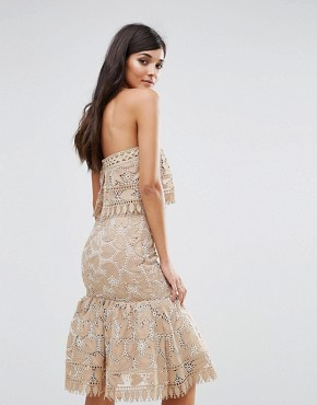 photo Lace Double Layer Bandeau Dress with Peplum Hem by Aijek, color Cream - Image 2