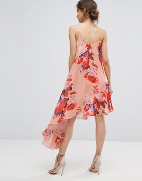 photo Asymmetric Cami Dress in Oversize Floral Print by Hope & Ivy, color Red Based Floral - Image 2