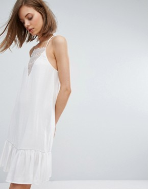 photo Cami Dress with Lace Insert and Peplum Hem by Moss Copenhagen, color White - Image 1