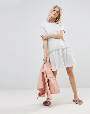 photo Swing Dress with Ruffle Dropped Hem and Tie Back by ASOS, color Pale Grey - Image 4
