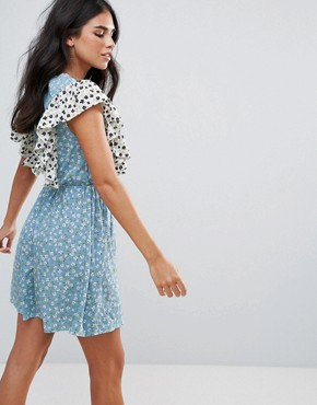 photo Ruffle Mix and Match Print Dress by Influence, color Multi - Image 2