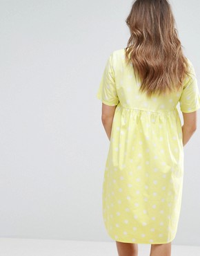 photo Spotty Short Sleeve Skater Dress by Mamalicious, color Yellow - Image 2