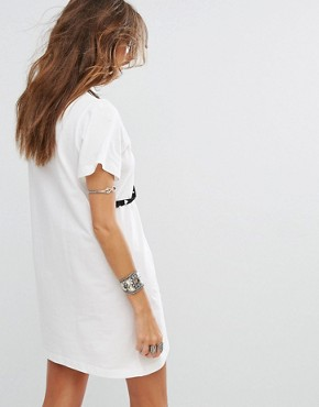 photo Cold Shoulder T-Shirt Dress with Pearl Harness by Sacred Hawk, color White - Image 2