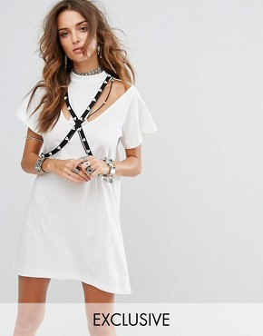 photo Cold Shoulder T-Shirt Dress with Pearl Harness by Sacred Hawk, color White - Image 1