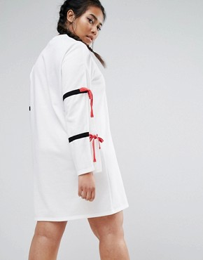 photo Split Sleeve Sporty Shift Dress by One One Three, color White - Image 2