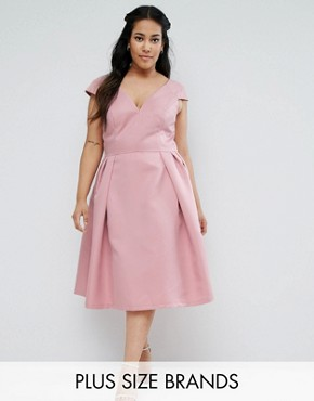 photo V-Neck Midi Dress with Cap Sleeve by Chi Chi London Plus, color Pink - Image 1