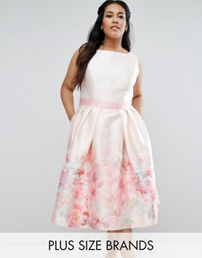photo Rose Border Midi Dress with Contrast Waist by Chi Chi London Plus, color Multi - Image 1