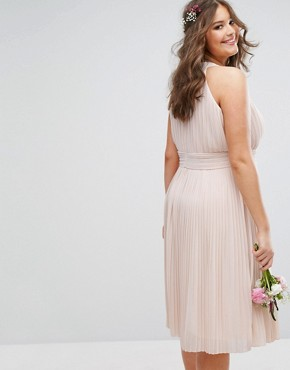 photo High Neck Pleated Midi Dress by TFNC Plus WEDDING, color Pink - Image 2