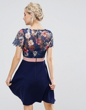 photo Floral Printed Lace Top Prom Dress by Paper Dolls Petite, color Multi - Image 2