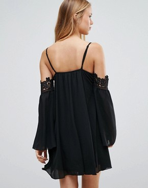 photo Cold Shoulder Smock Dress with Crochet Detail by Parisian, color Black - Image 2