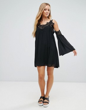 photo Cold Shoulder Smock Dress with Crochet Detail by Parisian, color Black - Image 4
