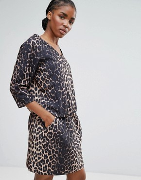 photo Waist Tie Leopard Dress by b.Young, color Camel - Image 1